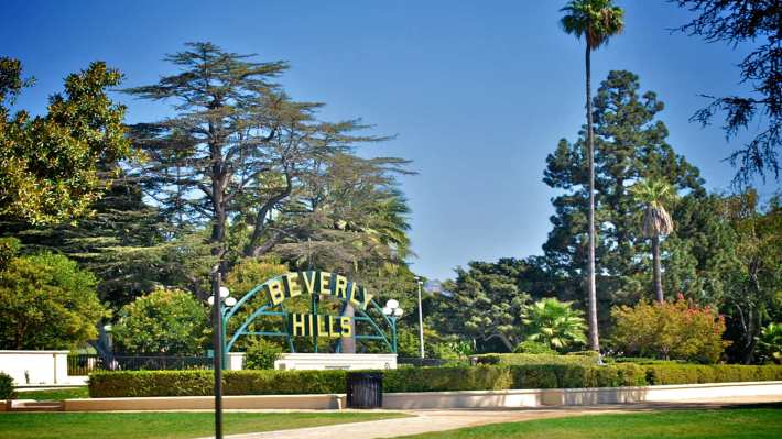 Beverly Hills PO , Ca 90210