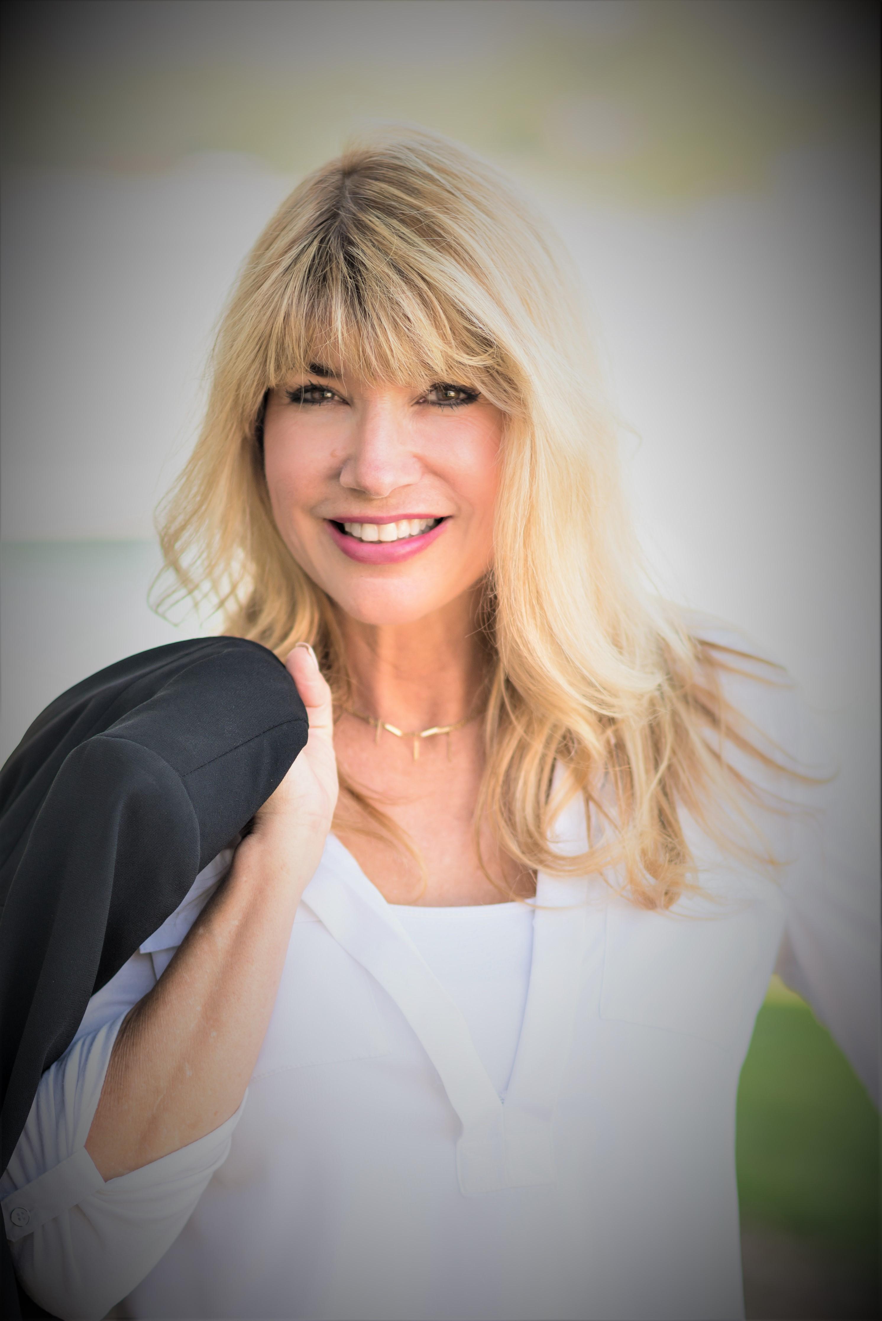 Carol Schultz